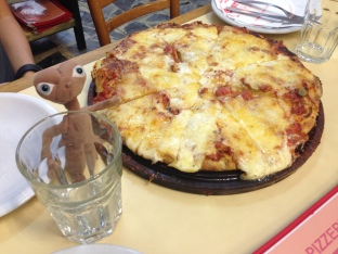 Emilio loved the most famous pizza in Buenos Aires - Pizza Guerrin - it was DELICIOUS